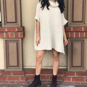 Sweaters - Knitted sweater dress
